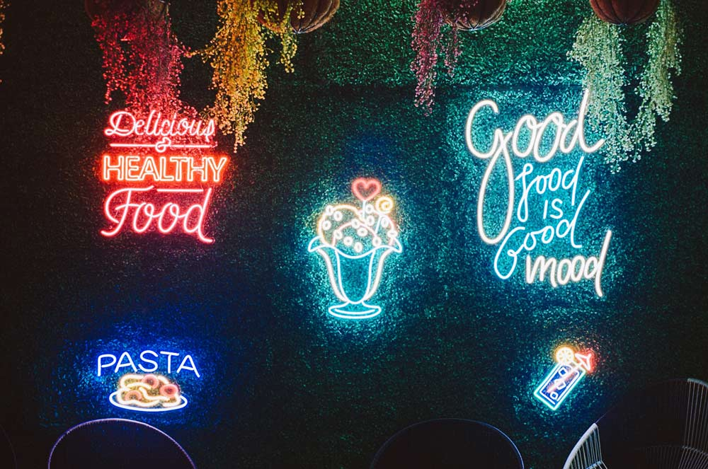svetlece reklame